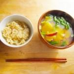 「玄米菜食」は腸にとってプラスに働くか